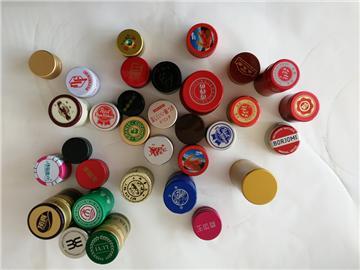 瓶盖扣子手工制作